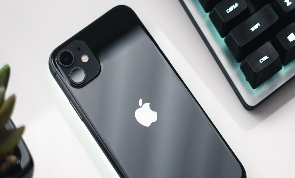 iPhone 11 black on 128 GB to buy
