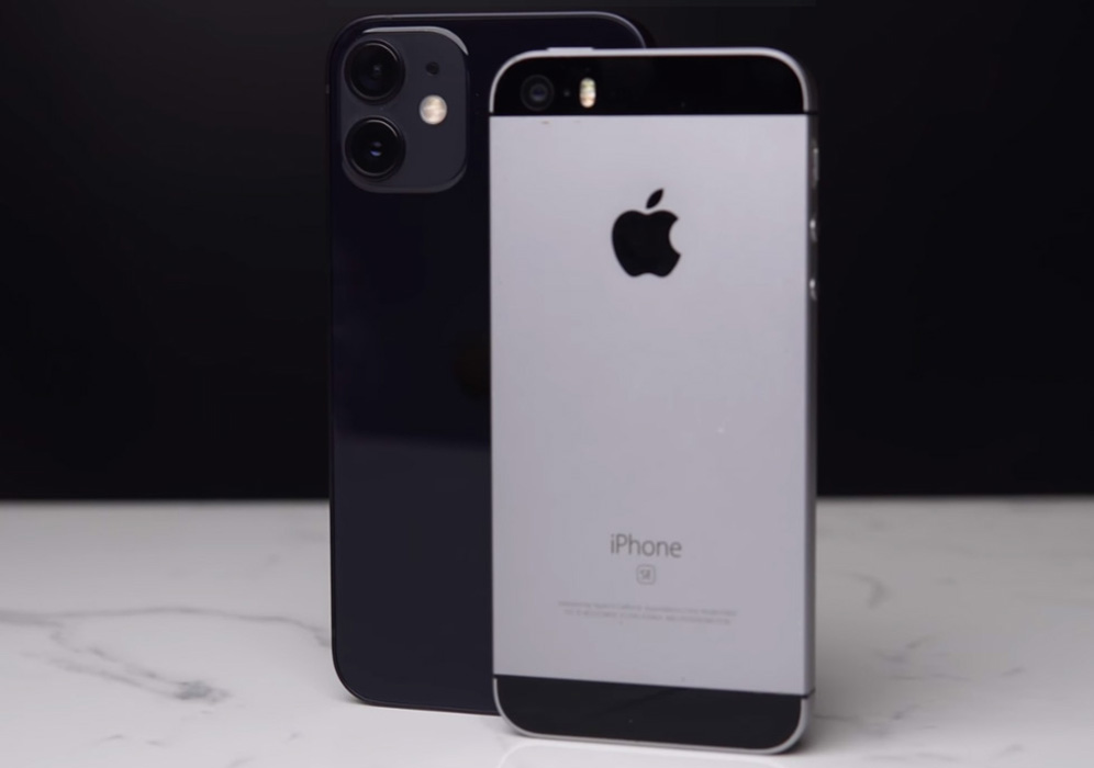 Comparison of iPhone 5s with iPhone 12 Mini