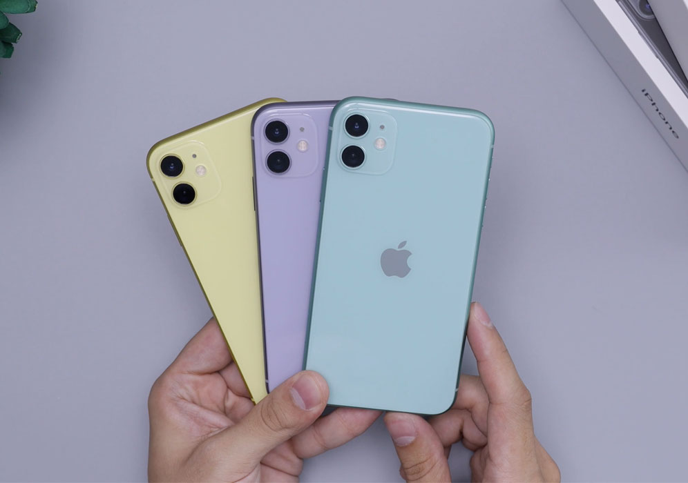 Large selection of iPhone 11 colors
