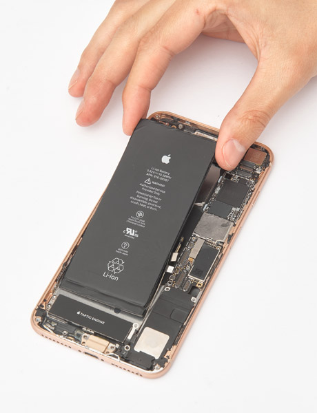 Replacing the iPhone 8 Plus battery (Original)