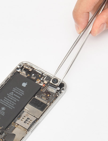 Repair the rear camera in iPhone SE