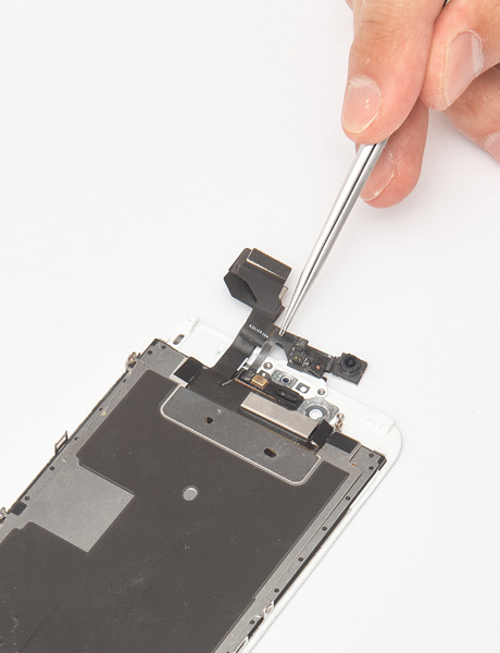 Repair of iPhone 6 front camera