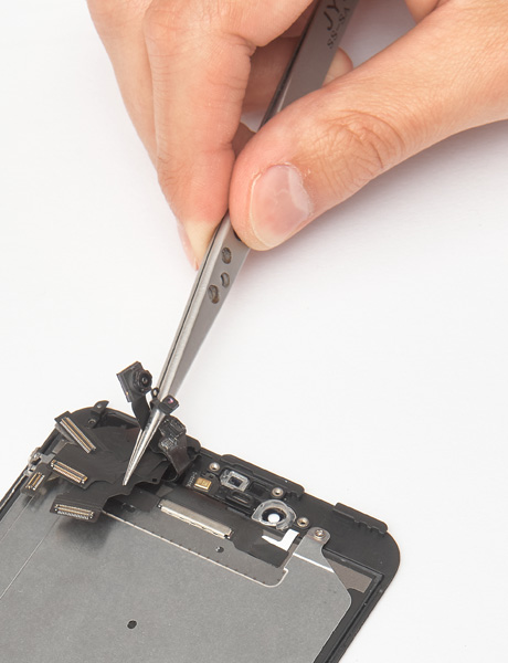 Repair of the front camera of iPhone 6 Plus